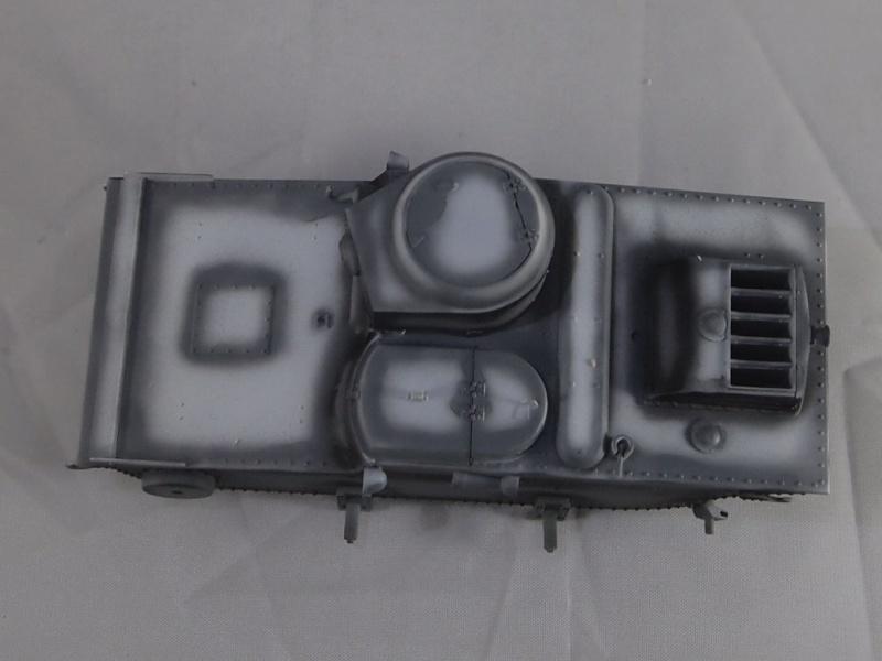T-37 radio (Hobby Boss ref 83820 1/35) Mon0610