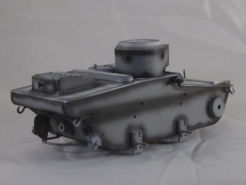 T-37 radio (Hobby Boss ref 83820 1/35) Mon0710