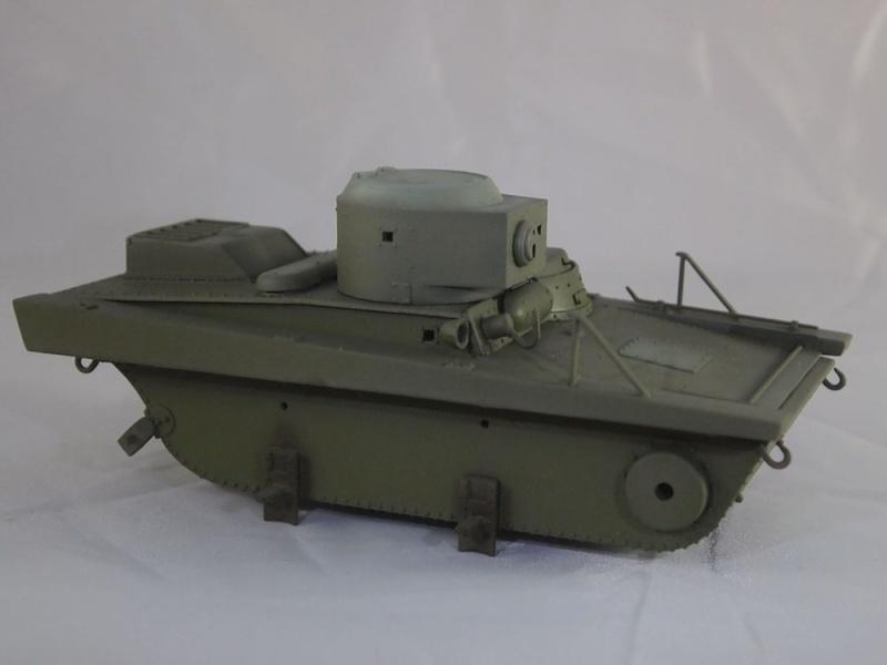 T-37 radio (Hobby Boss ref 83820 1/35) Mon1511