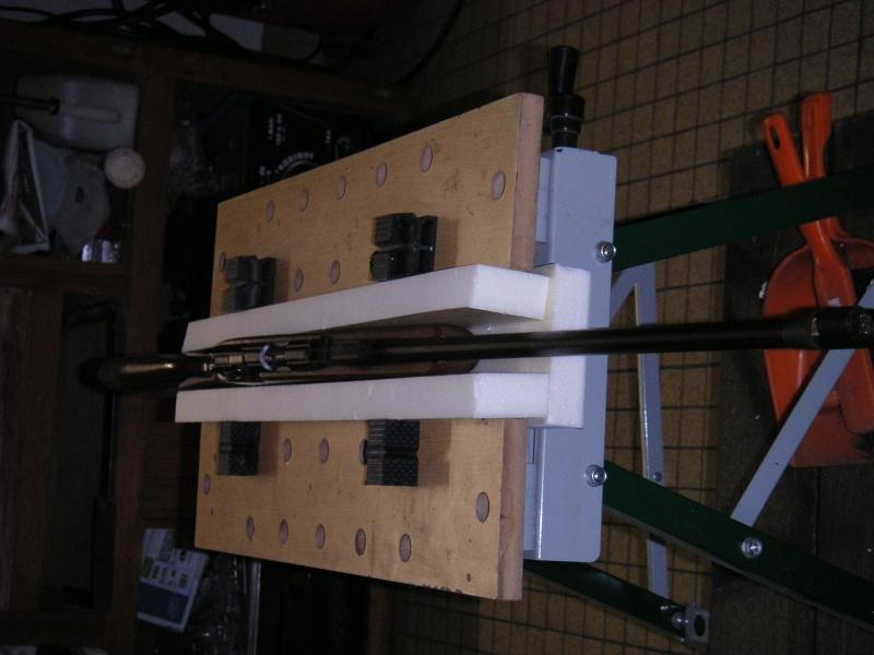 Un support de nettoyage maison pour arme longue Pict0016