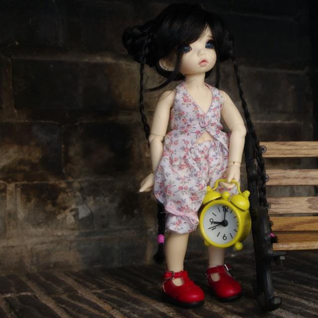 Dix doigts, du tissu et une poupée (Corset MNF p2 Up ) 115