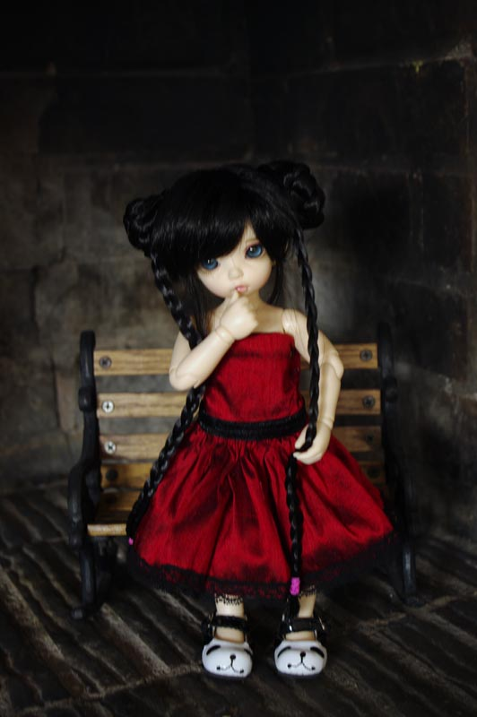 Dix doigts, du tissu et une poupée (Corset MNF p2 Up ) 312