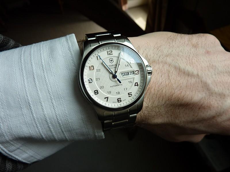 victorinox - Avis sur montre Victorinox Officer's P1060316