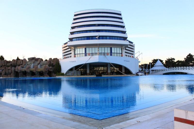 Hôtel Titanic à Antalaya - Turquie 35049910