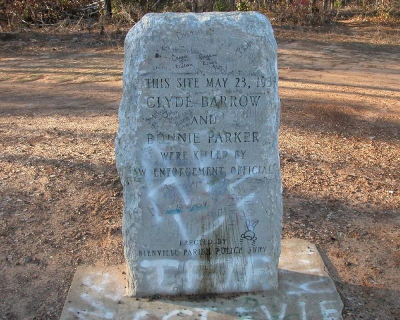 Sailes, Louisiane (Etats-Unis) : fin de cavale pour Bonnie & Clyde Bonnie11