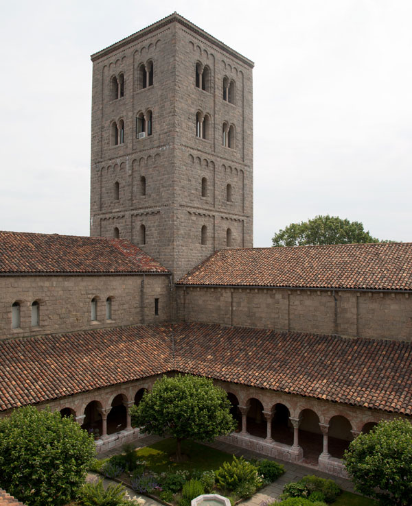 Déménagement de châteaux ou églises d'un continent à l'autre : mythe ou réalité ? Cuxa-i10