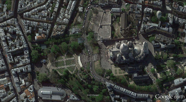 STREET VIEW : les pickpockets organisés de Montmartre Montma11