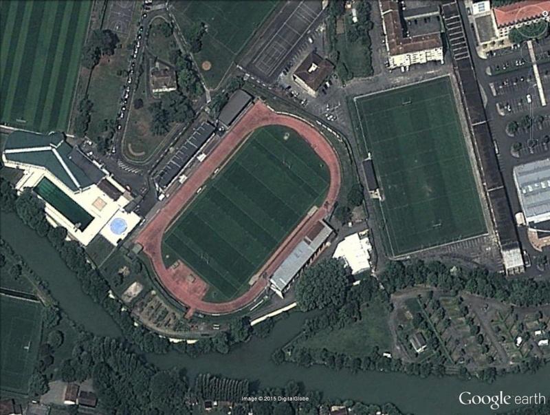 Stades de Rugby Mouila10