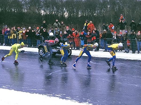 L'Elfstedentocht : une course mythique de patinage... en grand péril Vlakvo10