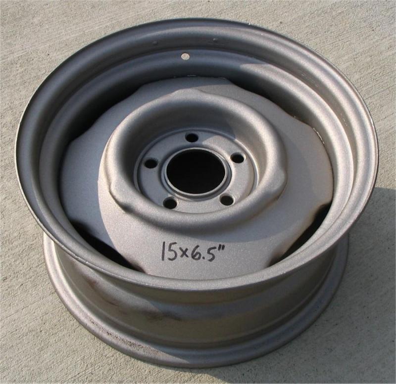 3 roue Mopar 15 X 6 1/2 5 nut 4 1/2 gros  15-65e10