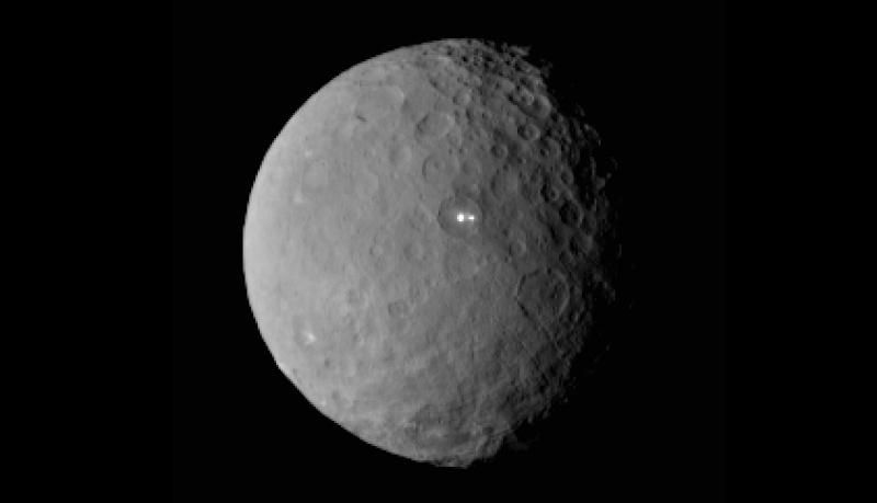 Cérès et les points blancs ! Ceres-11
