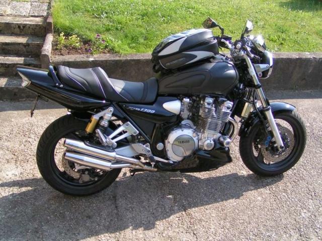 Vos trois motos préférées.... 20080611