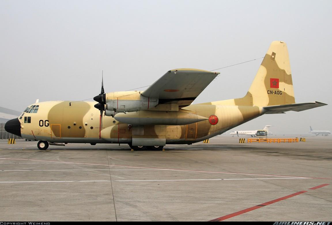 FRA: Photos d'avions de transport - Page 21 25698310