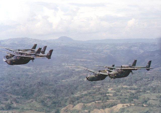 Forces armees du Salvador/Armed Forces of El Salvador O2_00610