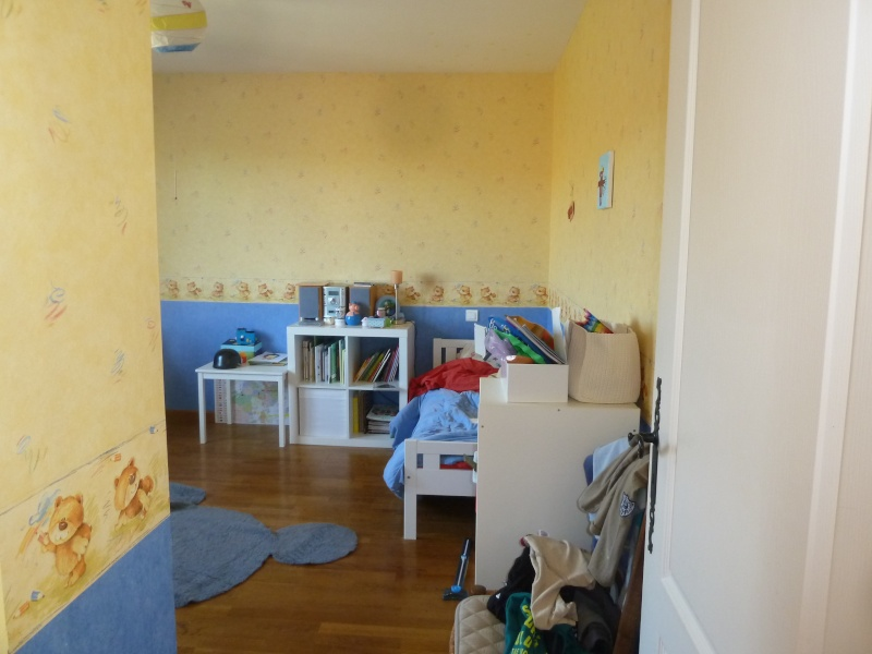 Chambre de mon fils - 4 ans - mer, baleine, dauphins... P1080226