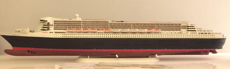 construction du queen mary 2 au 1/400 de chez revell - Page 12 Img_1129