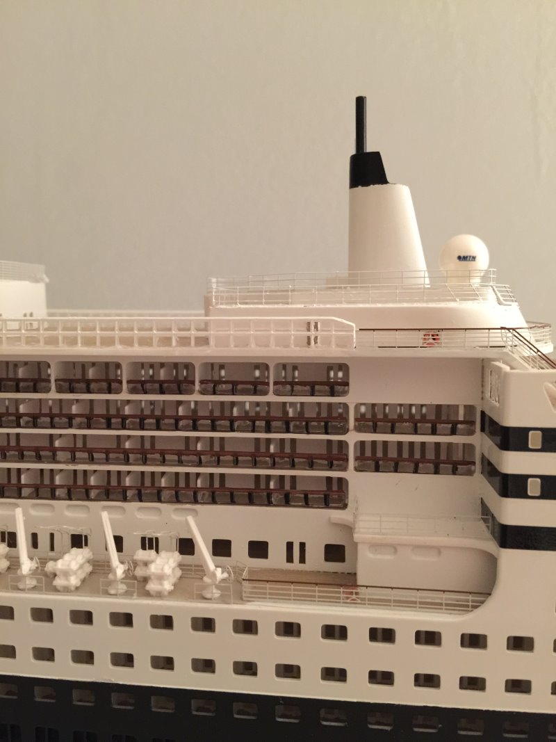 construction du queen mary 2 au 1/400 de chez revell - Page 12 Img_1231
