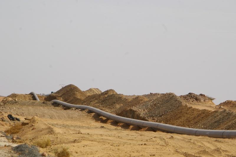 Grands travaux au Sahara...et ailleurs Imgp1810