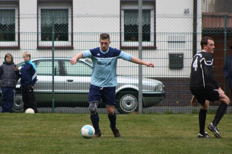 18.Spieltag: BaWa - TuS Oberwinter II 4:1 (2:0) Img_3911