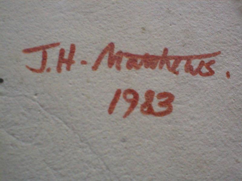 Wall plaques - J.H. Matthews, Surrey P1010010