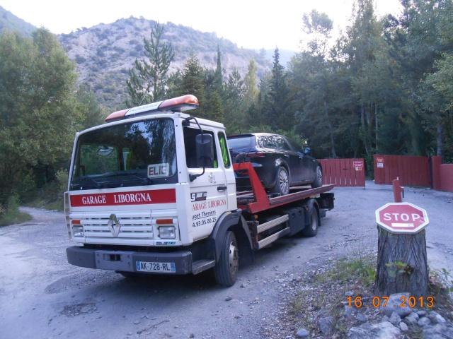 Des photos de camions bétaillères à moutons et d'autres photos de camions aussi conduit par Henry Elie . - Page 3 00929