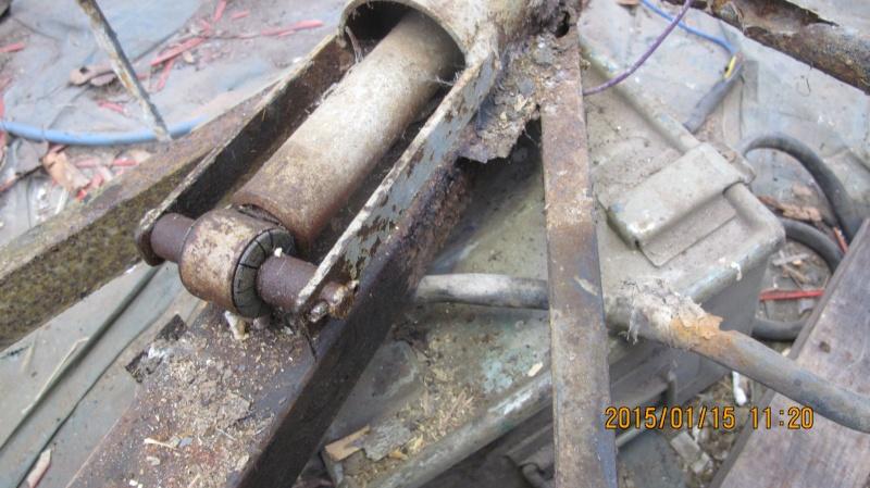 Réparation de la Puck de Petitgilou Img_3011