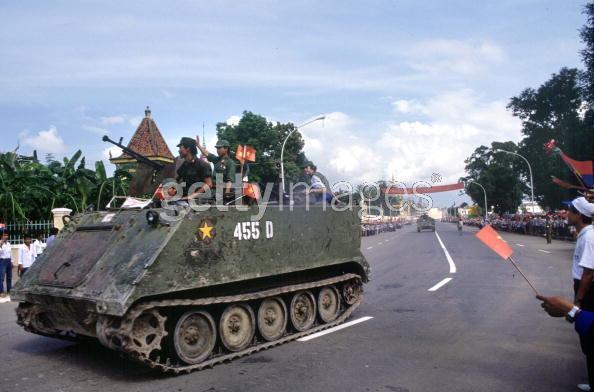 Armée Populaire Vietnamienne/Vietnam People's Army (VPA) Leavin11