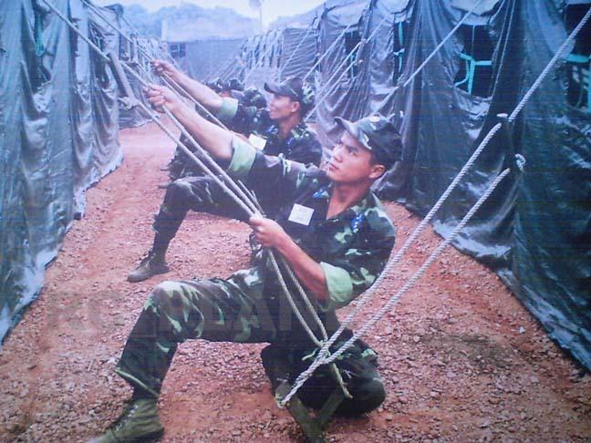 Armée Populaire Vietnamienne/Vietnam People's Army (VPA) Leudac10