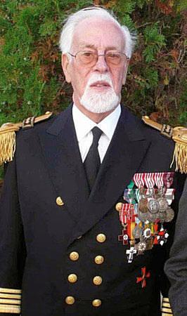 Faleceu o Capitão de Mar-e-Guerra João Carlos Shearman de Macedo de Alvarenga - 29Jan2015 Cmg-sh10