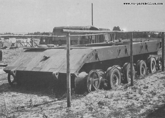 [Terminé] E-100 DRAGON 1/35 avec PE Voyager Model + tourelle KRUPP (par Rhino) + chenilles Friul E-100_11