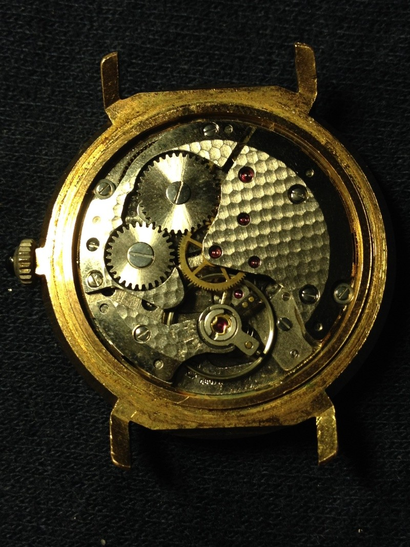 vulcain - [Postez ICI vos demandes d'IDENTIFICATION et RENSEIGNEMENTS de vos montres] - Page 33 Img_0216