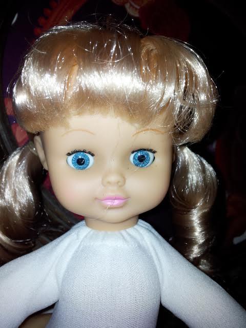 """Besoin de vos lumières ! Est ce bien une """"bendable"""" appelée  Dolly ? Qui10"""