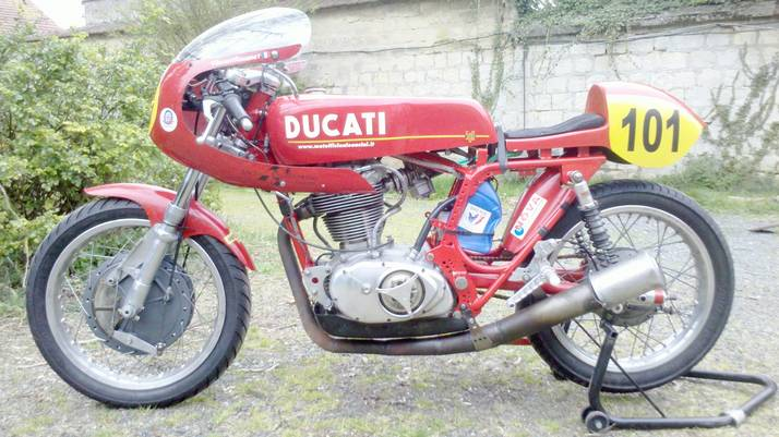 Ma futur...Très probable Ducati! - Page 2 Tn201211