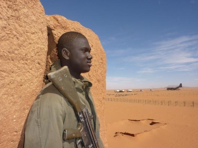 Madama (Niger) : l'armée française reprend son vieux fort des sables Image-14