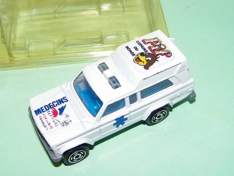 N°269 JEEP CHEROKEE AMBULANCE 269_am10