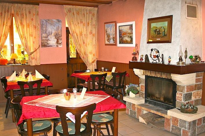 Le restaurant Wangenmühle - Page 6 10609410