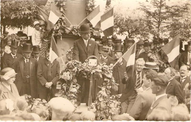 Que pensez-vous de la Fête de la Fontaine de Wangen? 1933_110
