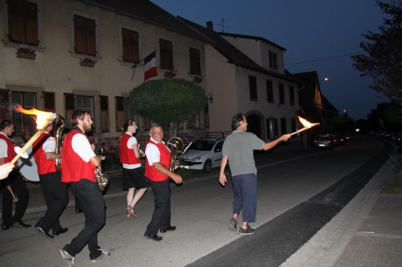 Wangen : retraite aux flambeaux et bal populaire du 13 juillet 2013 Img_0013