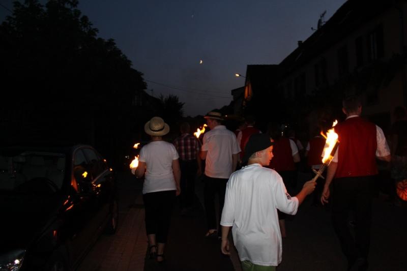Wangen : retraite aux flambeaux et bal populaire du 13 juillet 2013 Img_0016