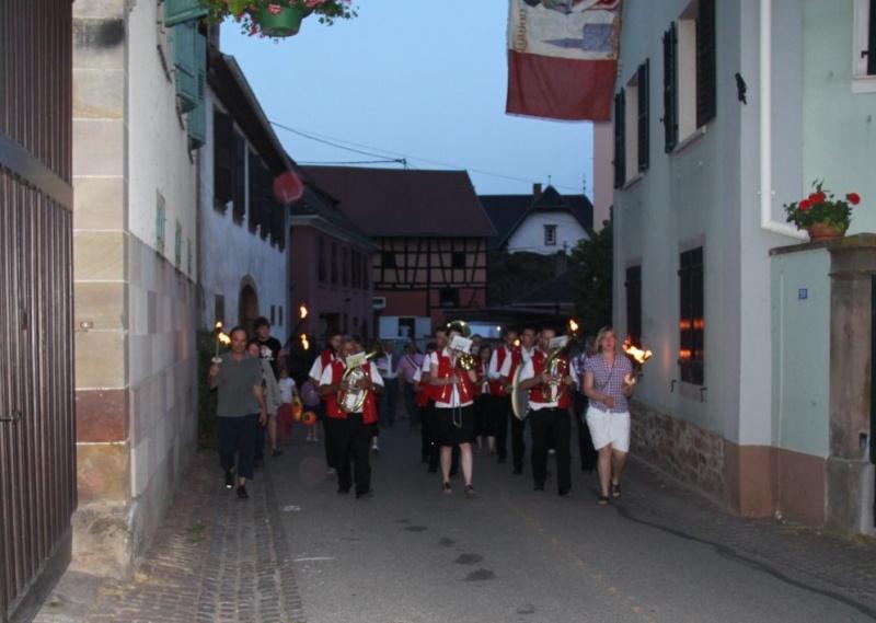 Wangen : retraite aux flambeaux et bal populaire du 13 juillet 2013 Img_9936