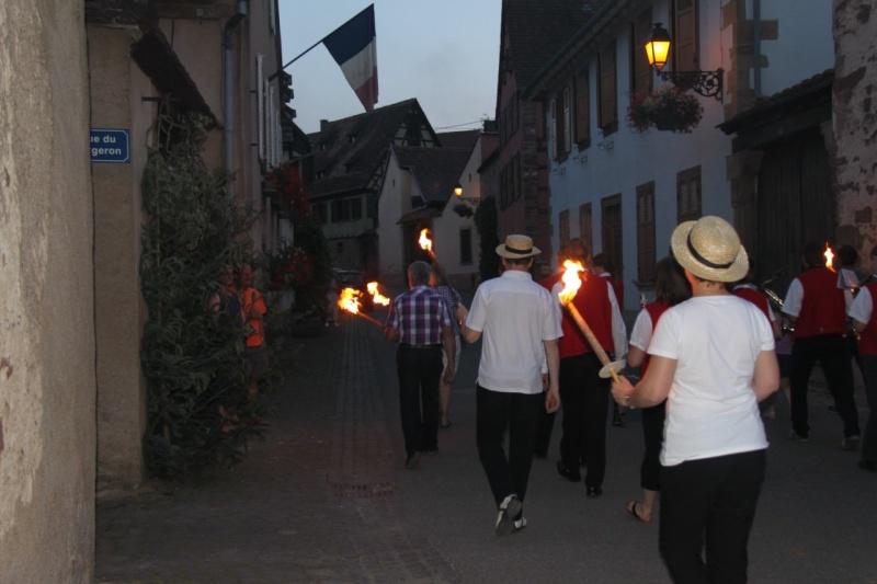 Wangen : retraite aux flambeaux et bal populaire du 13 juillet 2013 Img_9939