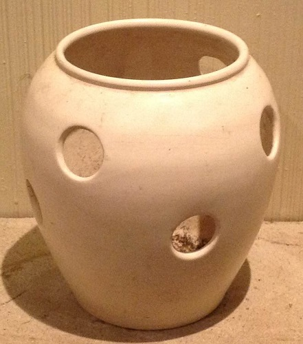 Remarkable Unusual Crown Lynn 'Vase' with Holes .... info wanted please! Vase_w10
