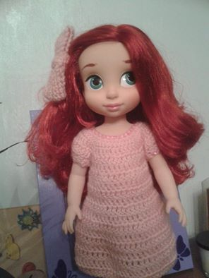 tenues/confections pour poupées disney - Page 2 Robe_a10