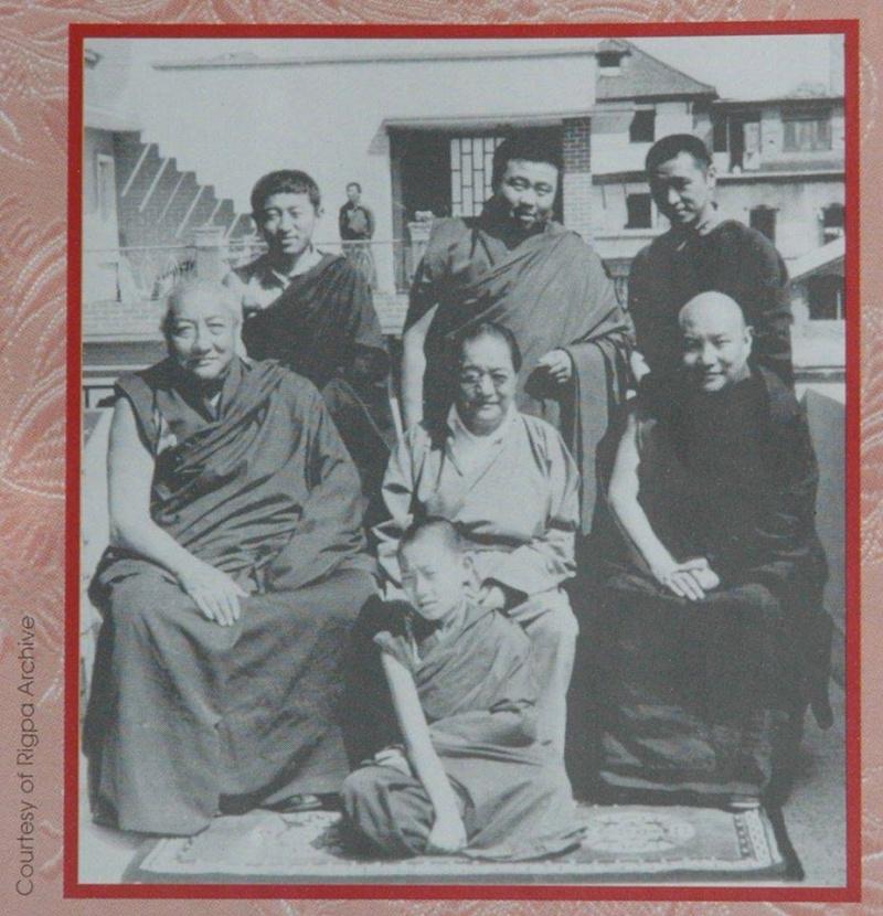 Cérémonies pour Kyabje DUDJOM Rinpoché Dud10