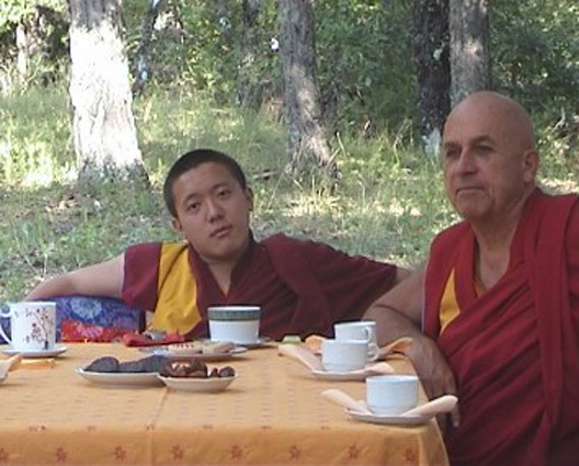 Visite de Dilgo Khyentsé Yangsi Rinpoché - Page 2 Yangsi10