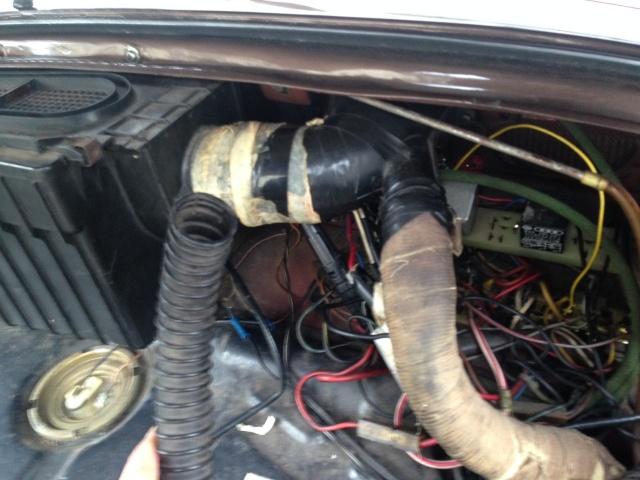 raccord chauffage coffre avant  - Page 2 Photo_18