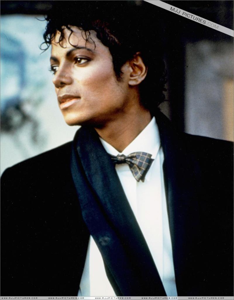 [SONDAGGIO] Qual è il Michael che vi piace di più? 00110