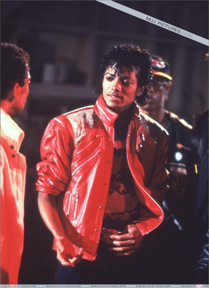 [SONDAGGIO] Qual è il Michael che vi piace di più? 00210