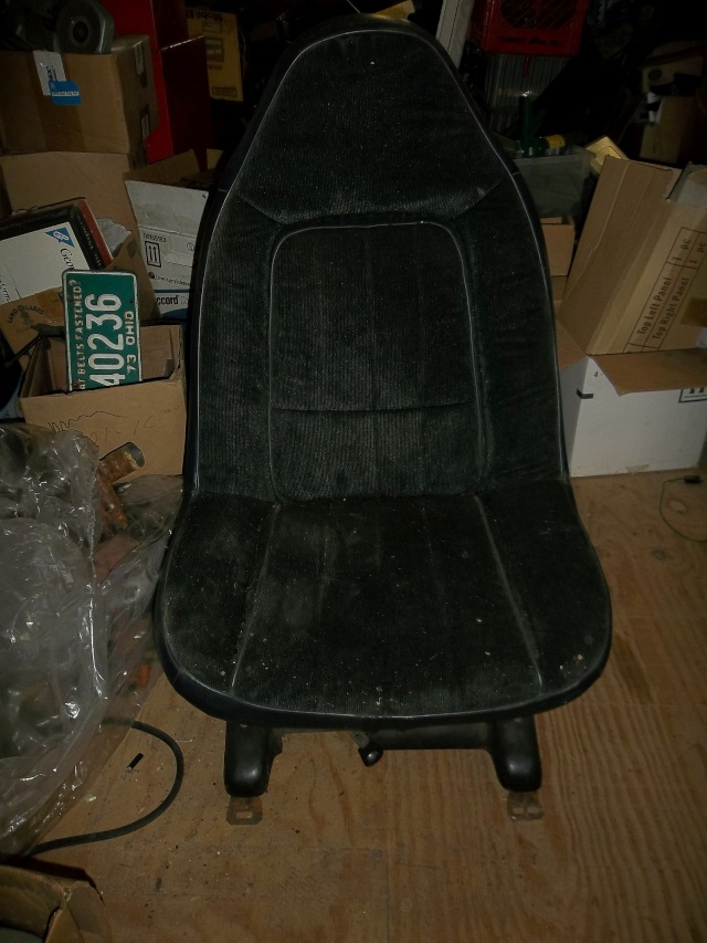 black swivel seats in Painesville outside Cleveland Ohio Pass311