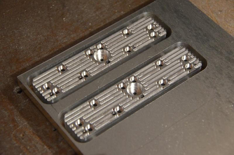 Moteur à air comprimé - 8 cylindres à plat Culass10